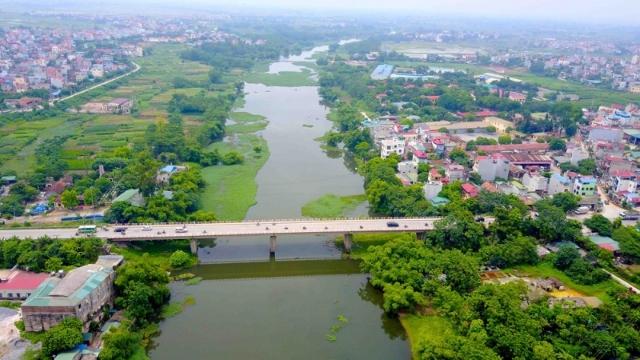 sông và hồ khác nhau như thế nào?