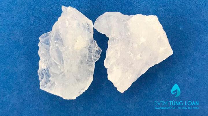 Làm sạch nước sinh hoạt với phèn sunfat