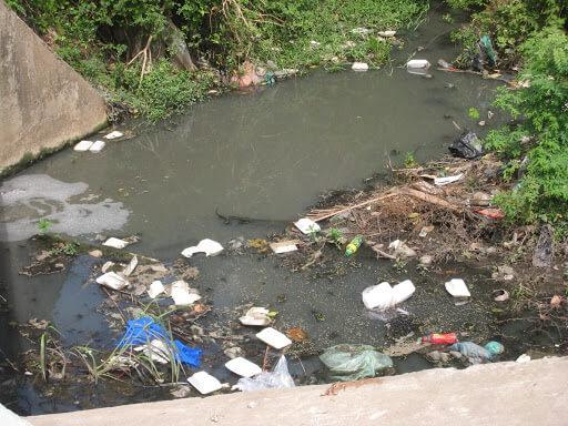 Thói quen sinh hoạt của con người là nguyên nhân gây ô nhiễm nguồn nước