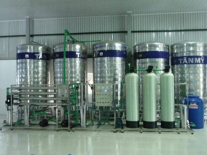 Hệ thống máy lọc RO 2500 lít