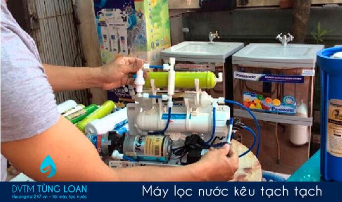 Máy lọc nước kêu tạch tạch