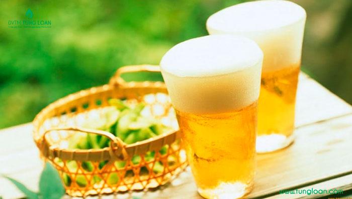 Làm trắng da tại nhà bằng bia