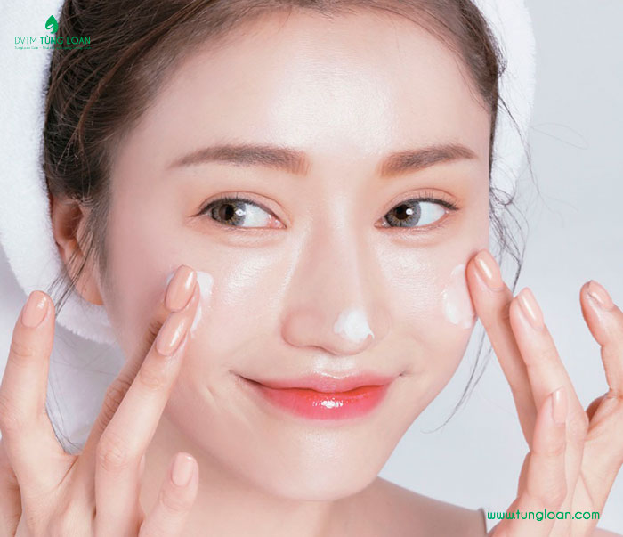 Sử dụng kem dưỡng phù hợp với làm da